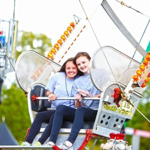 GIRLS-FERRIS-WHEEL